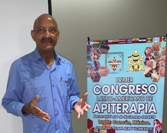 Carl Camelia gave a lecture in Cancún México